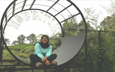 Pengaruh Handphone Bagi Kehidupan Remaja oleh Amelia Kartika Sari Kelas XI IPS 2